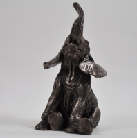Elefant stand jos by Beauchamp Bronze