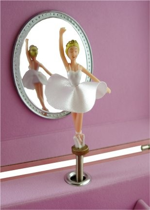 Mergi la Caseta muzicala pentru bijuterii Amelia balerina